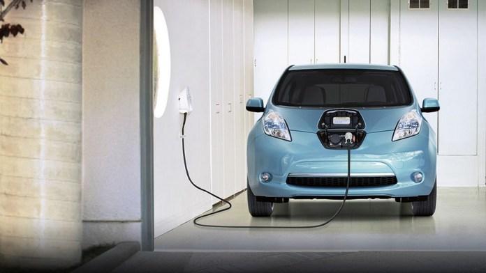 Nissan Leaf, el eléctrico de pasajeros que primero desembarcó en la Argentina.