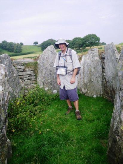 wpid-Dolwyddelan-neolithic-tomb-2.jpg