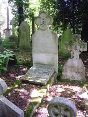 wpid-Highgate-Cemetry-Rosetti.jpg