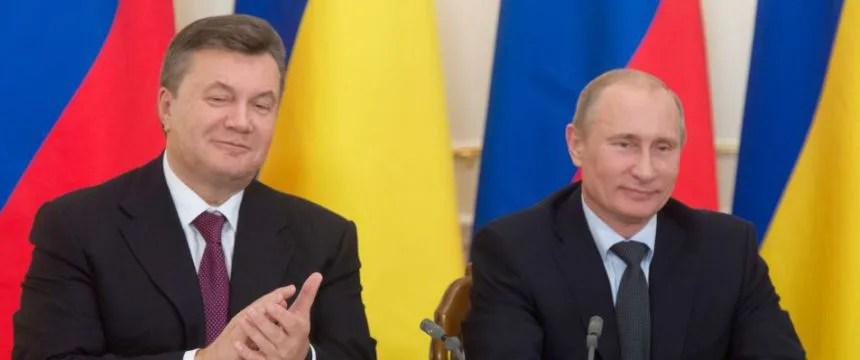Wiktor Janukowitsch und Wladimir Putin 2012: Spannungen auf der Krim Foto:  picture alliance/dpa