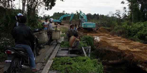 Pekerja Asing di Perbatasan Harus Ditertibkan