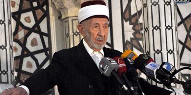 Ledakan di Masjid Damaskus, 42 Orang Tewas