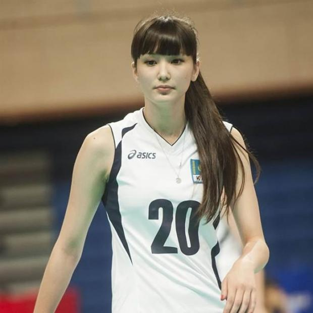 Foto Pemain voli cantik asal Kazakhstan, Altynbekova Sabina