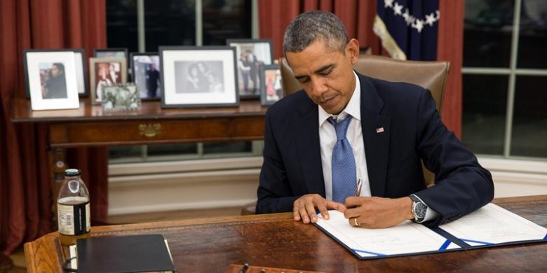 Tenggorokan Bermasalah, Presiden Obama Dilarikan ke Rumah Sakit