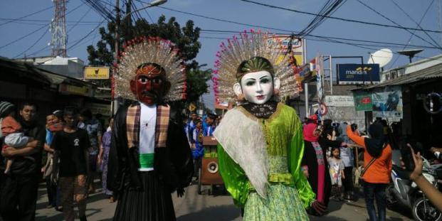 Festival Condet Ramai di Padati Pengunjung