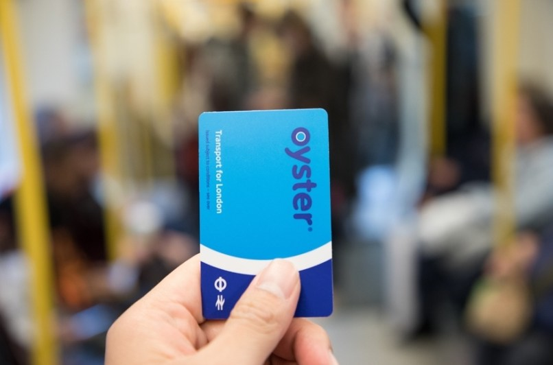 hot sale online 8a233 86dc8 New Tfl App Allows You To Top Up Your Oyster On The Move Londonist