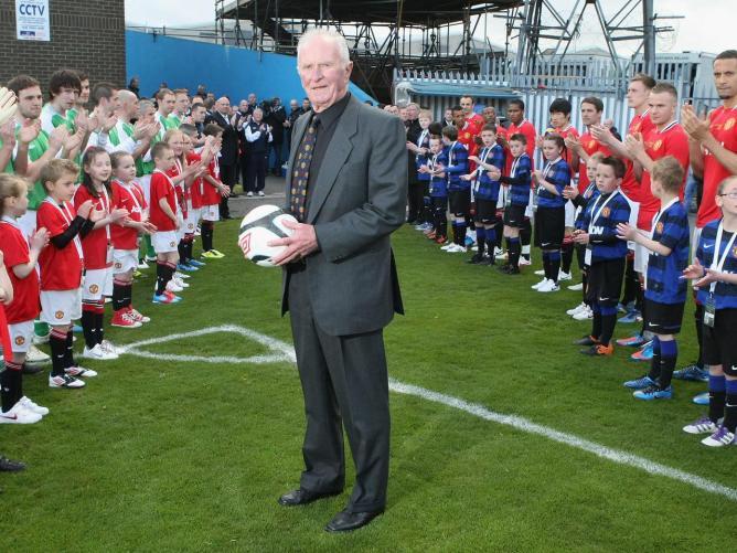 Obituary Harry Gregg former Man Utd goalkeeper   Manchester United