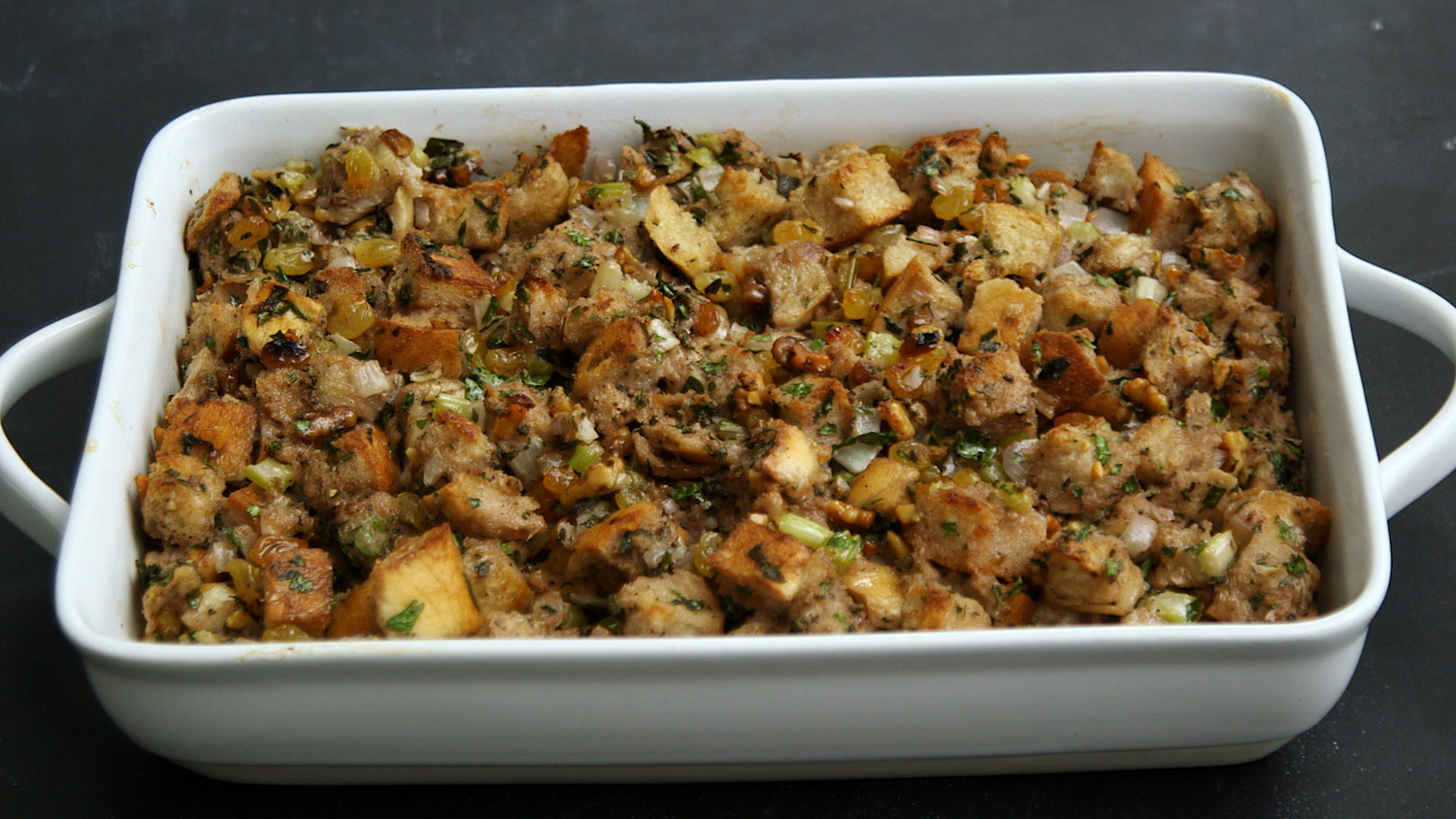 Video No Fail Signature Thanksgiving Stuffing Martha