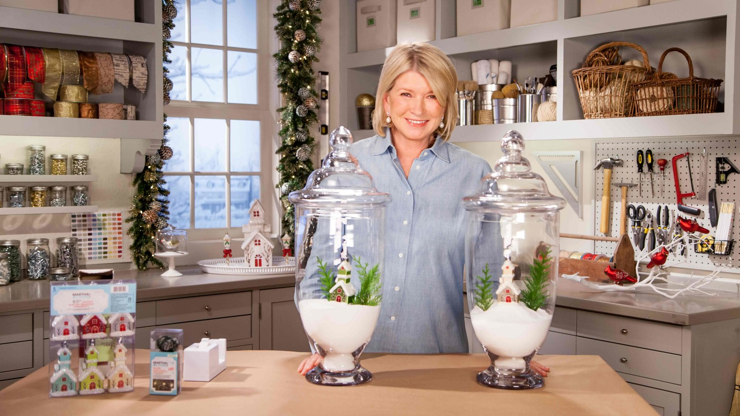 Video: Ask Martha: Cheerful Holiday Jars