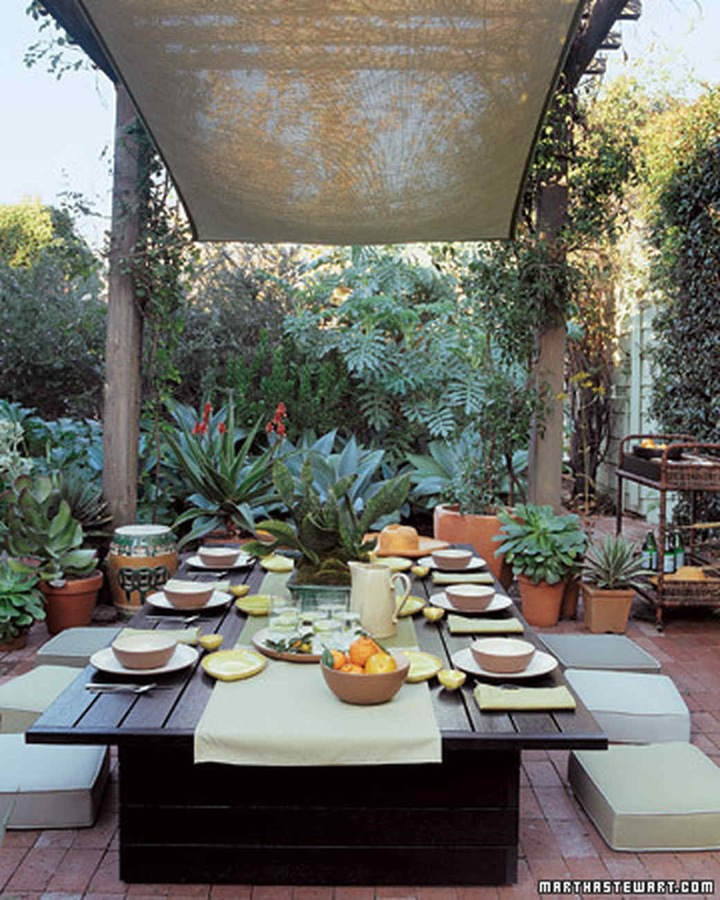 Outdoor Rooms   Martha Stewart on Living Spaces Outdoor Dining id=25248