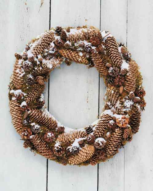 diy wreath minimalist pinecone wreath - soyvirgo.com