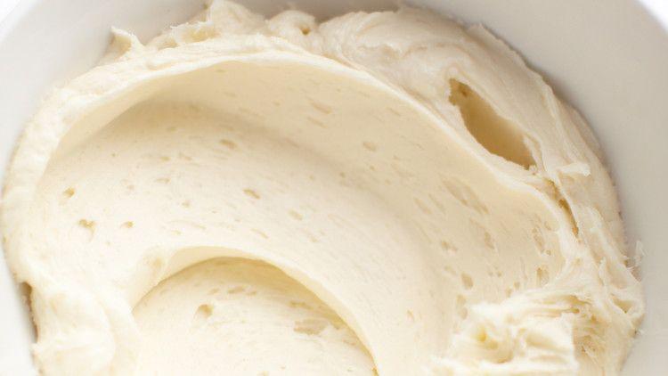 Simple Vanilla Frosting