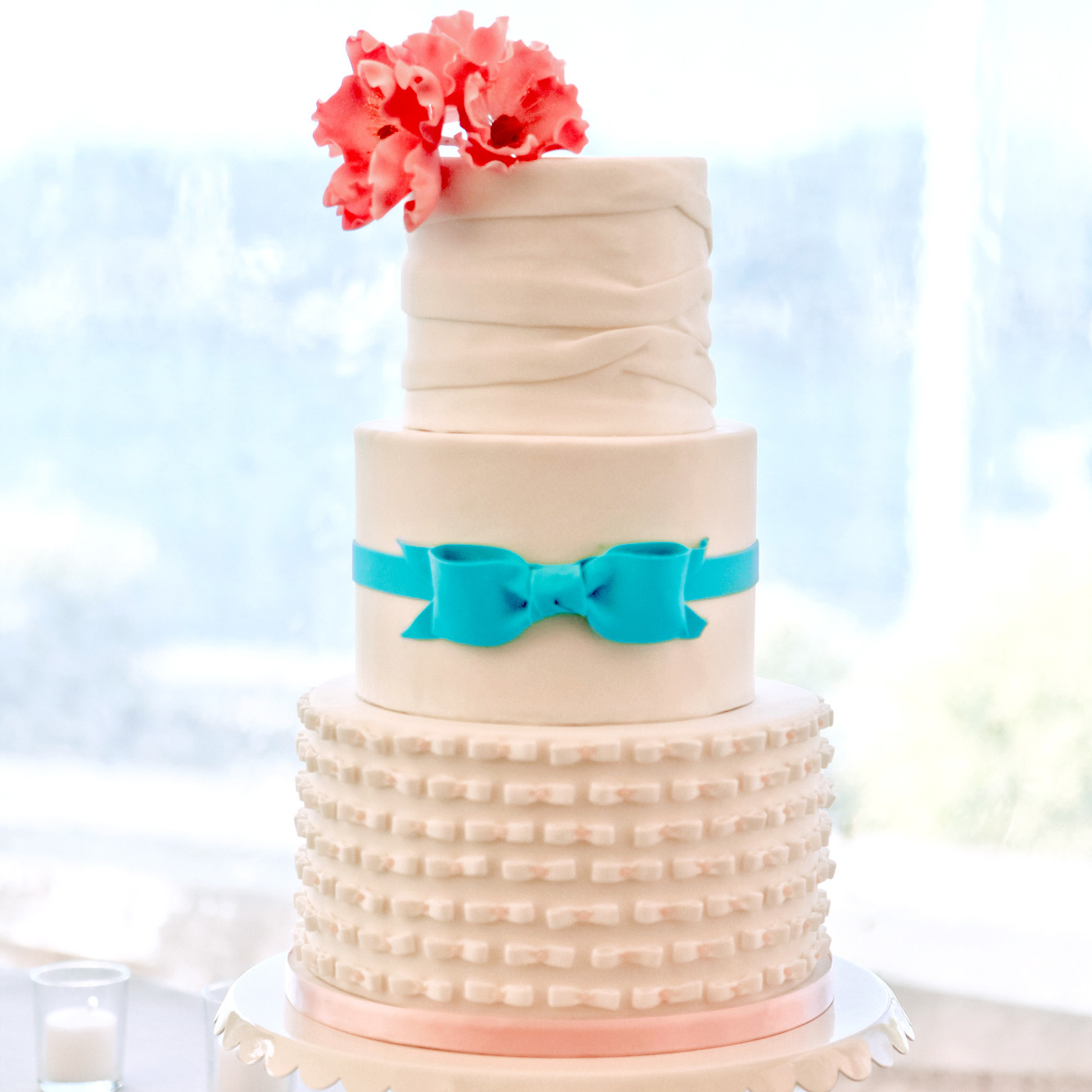 Fondant Cakes From Real Weddings Martha Stewart Weddings