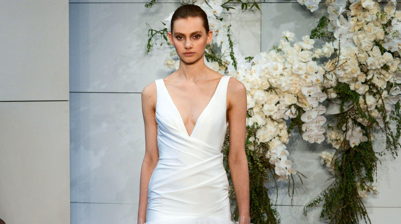 Monique Lhuillier Spring 2018 Wedding Dress Collection