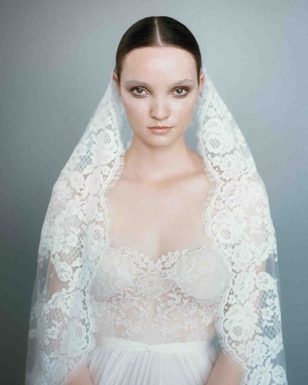 12 Seriously Stunning Wedding Veils Martha Stewart Weddings