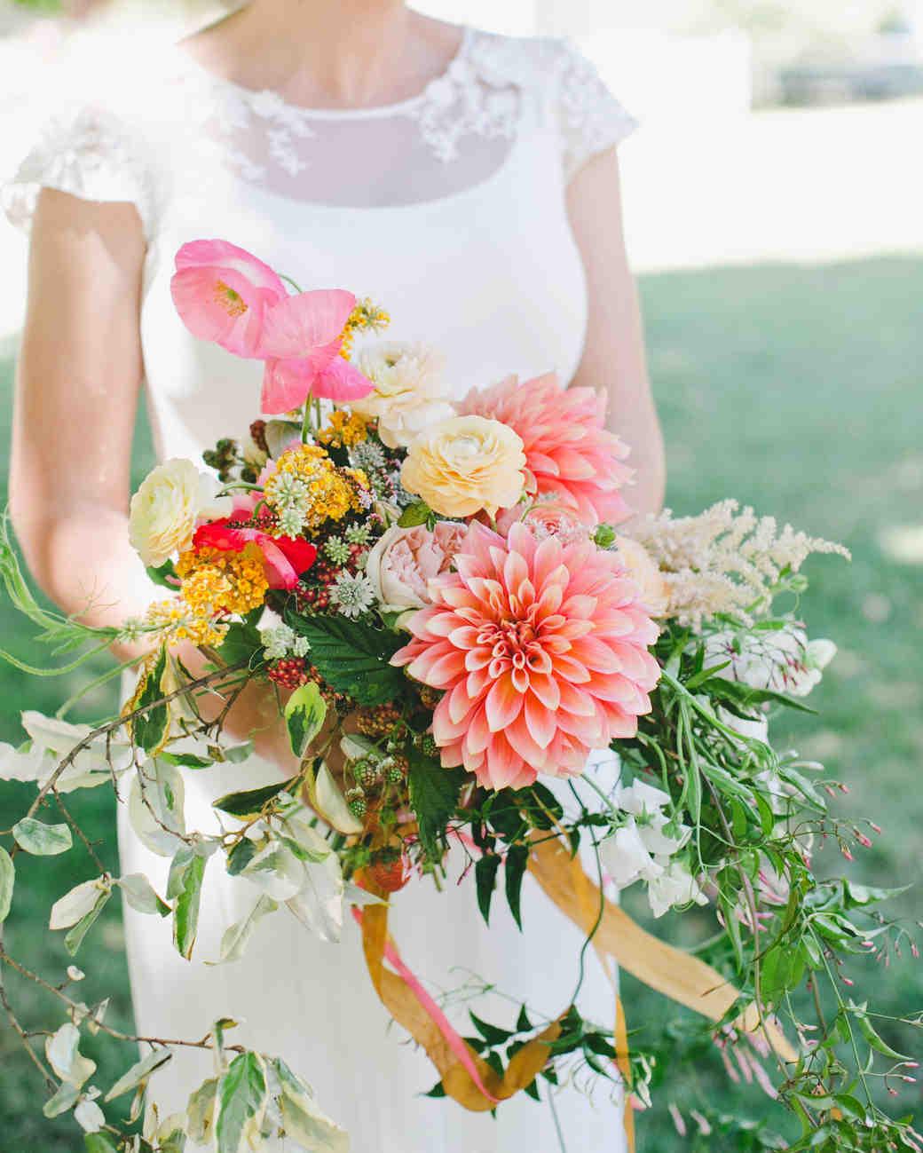 36 Dreamy Dahlia Wedding Bouquets Martha Stewart Weddings