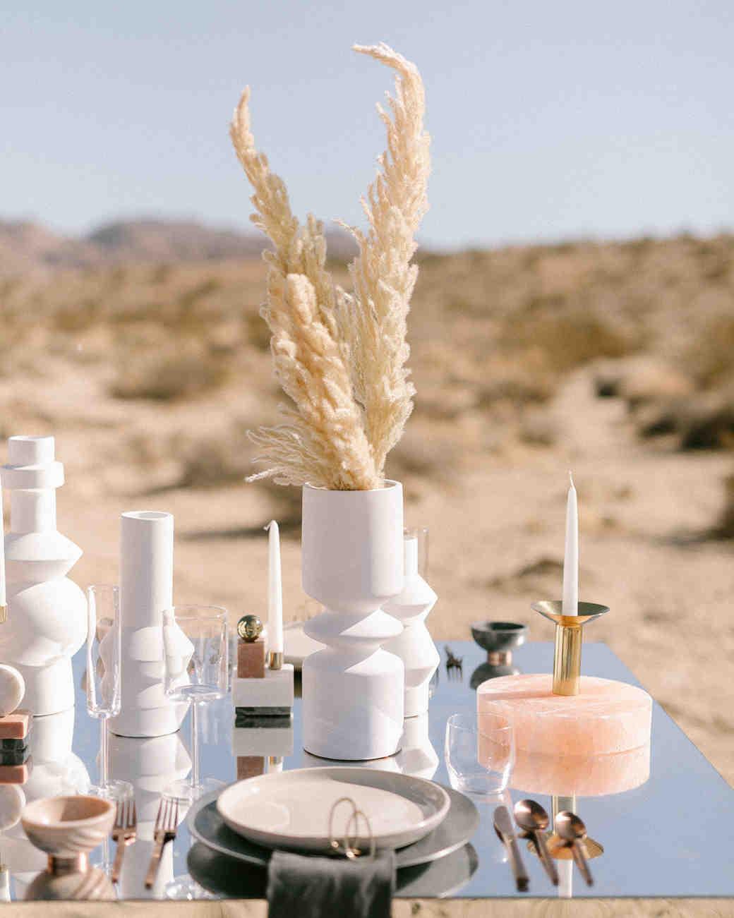 20 Modern Wedding Centerpieces That'll Surprise Your ...