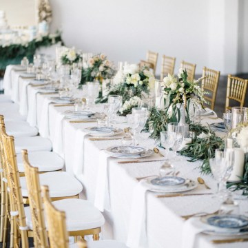 7 Advantages of Hiring a Wedding Planner   Martha Stewart Weddings 9 Signs a Wedding Planner Is Right for You