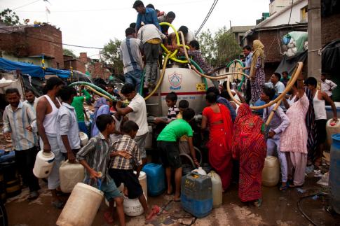 世界人口の増加は、地球資源にさらなる負担を強いることが予測される。
