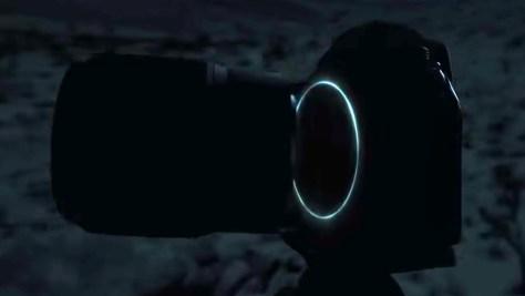 Image: Nikon Europe/YouTube 明るさを調整しています
