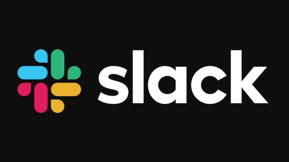 スマホ版Slackにてダークモードをテスト中。目にもバッテリーにもやさしくね