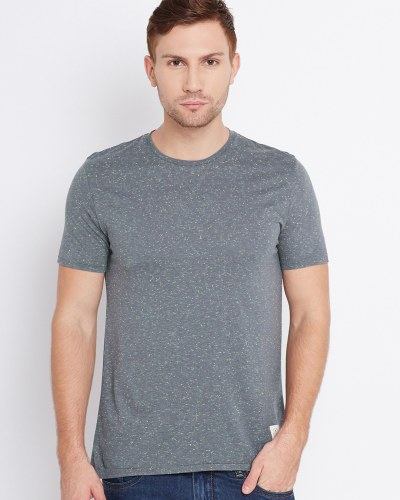 United Colors of Benetton Men Grey Solid Round Neck T-Shirt