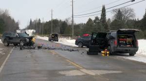 2 seriously injured in 2-vehicle collision on Lakefield Road in Selwyn Township