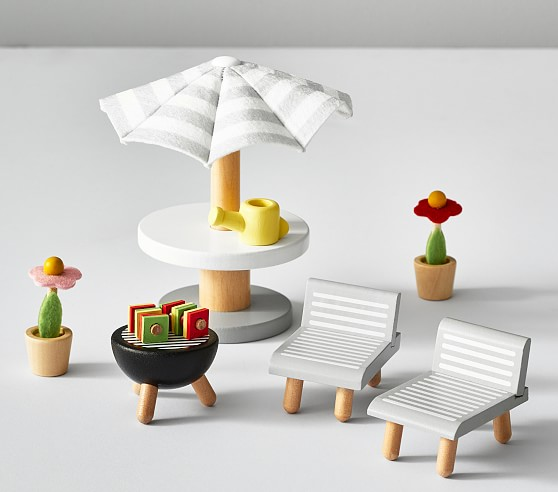dollhouse patio accessory set