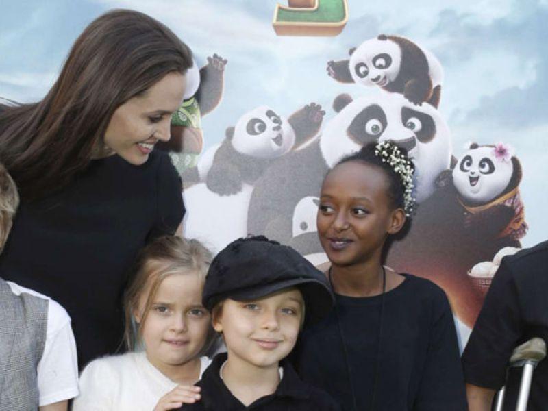 Angelina Jolie prête à tout pour consoler ses enfants du divorce