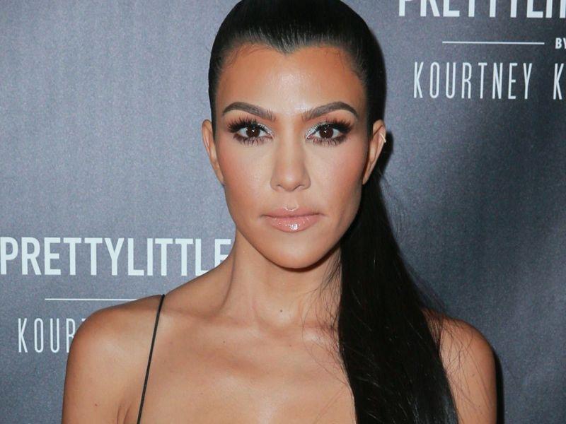 Kourtney Kardashian : Découvrez son sosie de 20 ans !