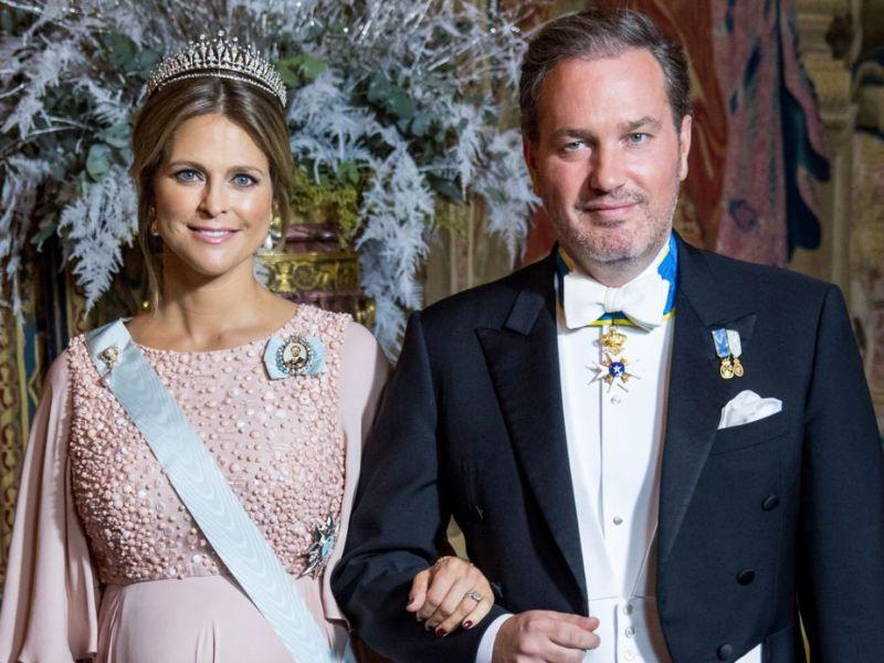 Madeleine de Suède gênée par le comportement de sa fille durant un baptême