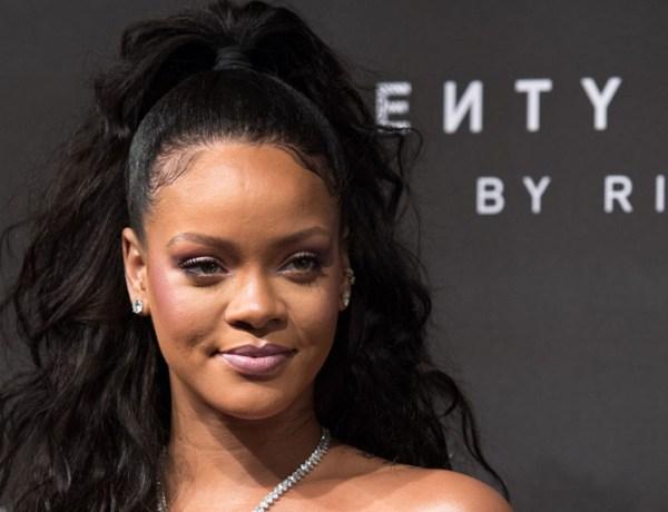 Quand Rihanna s'affiche sublime et simple au naturel avec ses parents!