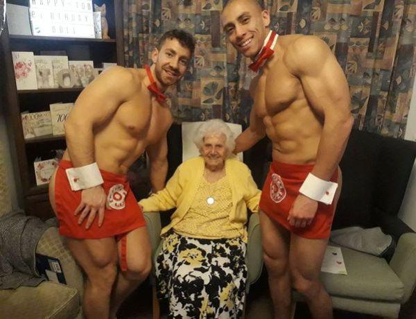 Sa maison de retraite lui offre deux strip-teaseurs pour ses 100 ans