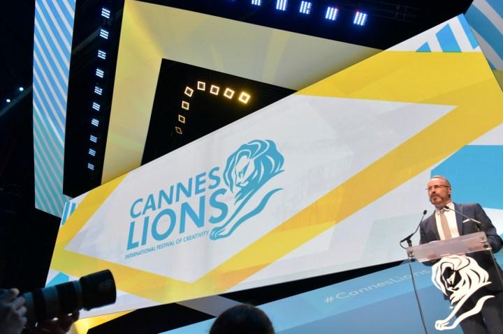 Noite de leões no Palais des Festivals