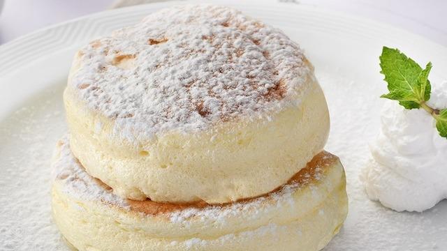 fluffy soufflé pancakes