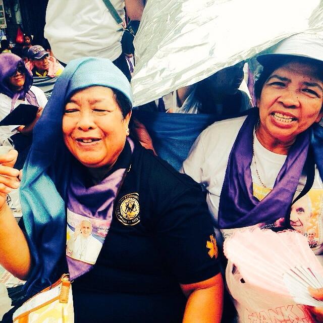 "With her heart full after seeing the Pope, Grace says, ""Sana bigyan pa ako ng buhay at sigla para patuloy po ako makapaglingkod sa Panginoon (I pray for better health and longer life so that I can continue serving the Lord."""