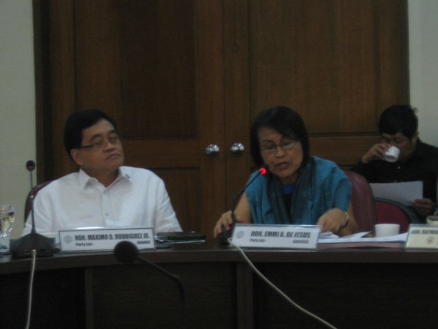 PROHIBITION PROPOSED. Among those who proposed to prohibit contractualization was Gabriela Party-list Representative Emmi de Jesus, February 18, 2015. Photo from Rep Emmi De Jesus' office