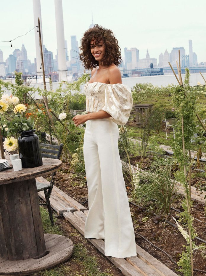 26a9c7bbf3c6 H&M lanza una nueva colección de ropa sostenible son telas hechas de ...