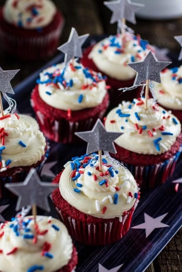 patriotic-red-velvet-cupcakes-7-683x1024
