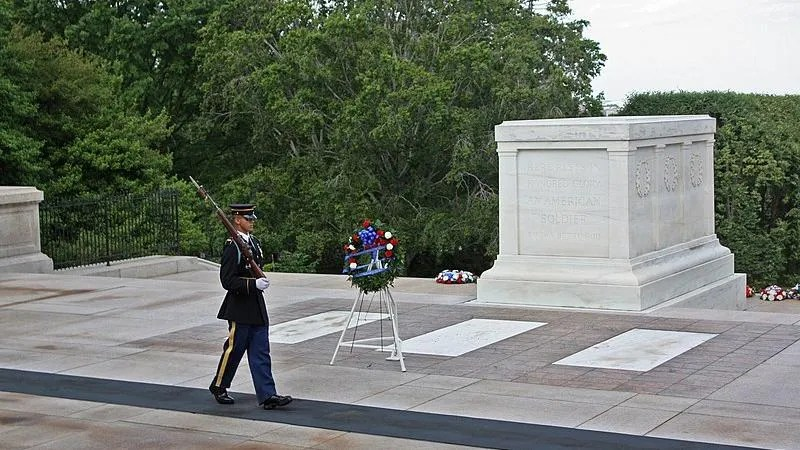 Dems push 'No Glory for Hate Act' to keep Trump from being buried at Arlington National Cemetery