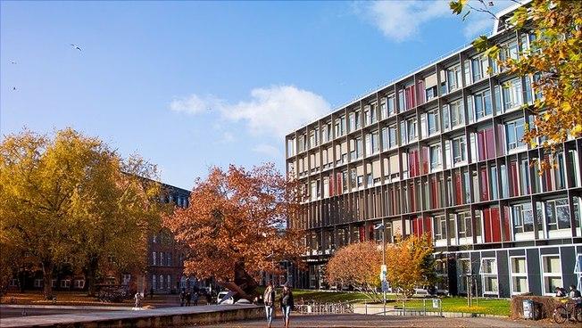 Fassade des Von-Melle-Park 8