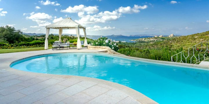Breathtaking and picturesque setting of Villa Girolia