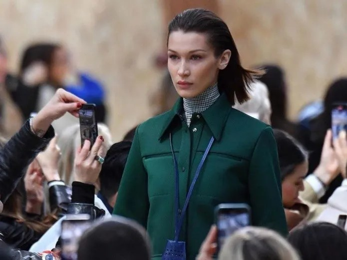 Bella Hadid without any clothes barely saved from being censored on Instagram(INSTAGRAM)