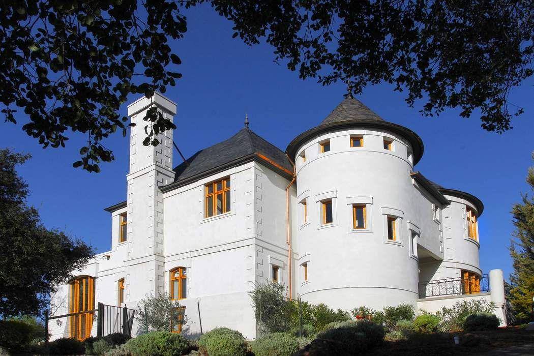 Castle California Wine