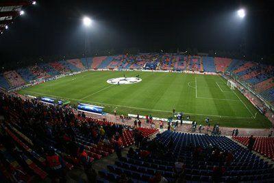 REVOLUTIE in Liga I: 14 echipe, Steaua - Dinamo se va juca de 4 ori, stadioane acoperite si sezonul incepe in ianuarie!