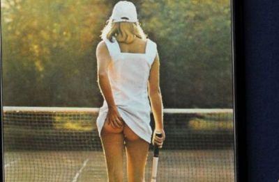 FOTO: Poza care a uimit lumea in anii '70! Vezi cum arata acum fata care a facut cel mai vandut poster din lume