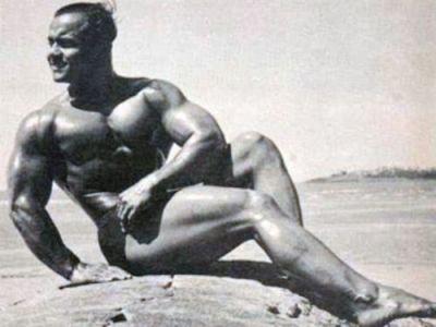 Tinerete fara batranete! Cum a ajuns sa arate castigatorul concursului Mister Universe din 1952! Are 102 ani si o sa te socheze