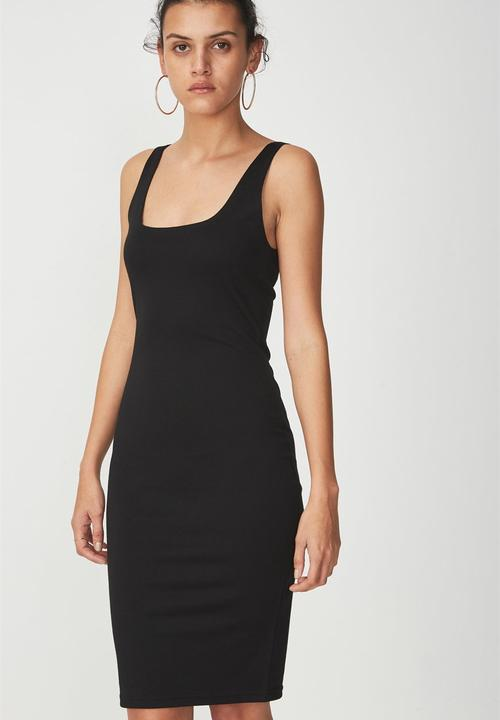 Scooped Bodycon Midi Dress