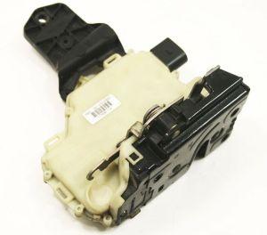 RH Front Door Latch Actuator Lock VW Jetta Golf GTI Beetle Passat 3B1 837 016 R