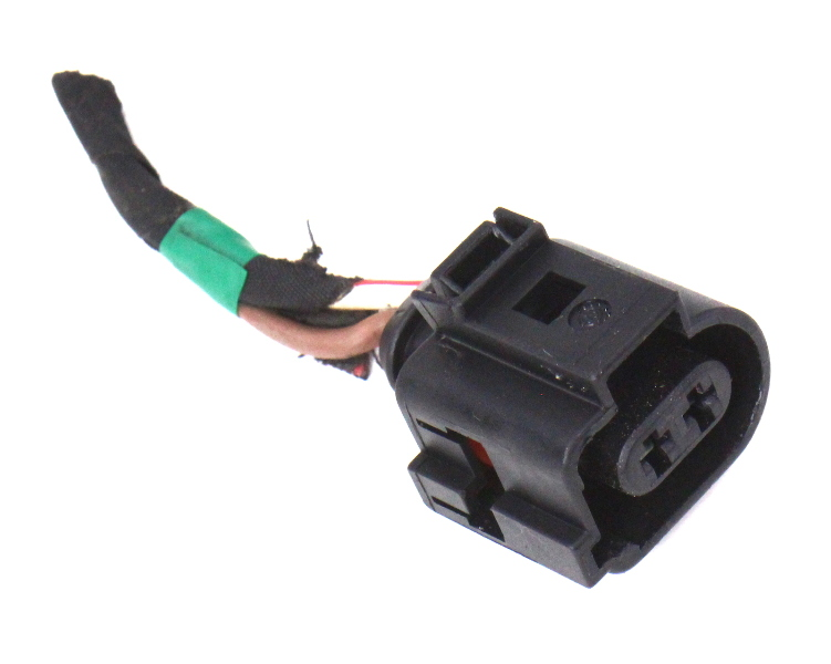 Headlight Washer Pump Plug Pigtail Connector 06-10 VW